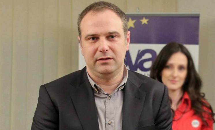 """Jovanović za Danas: """"Fontana je dobar primer konstantne neodgovornosti i nezainteresovanosti za rešavanje egzistencijalnih problema"""""""