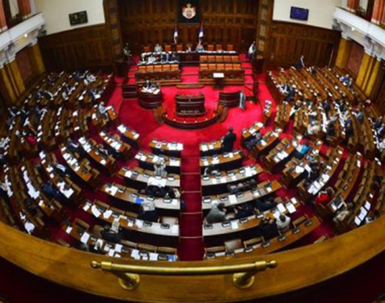 Naprednjaci bi od parlamenta da naprave paganski hram