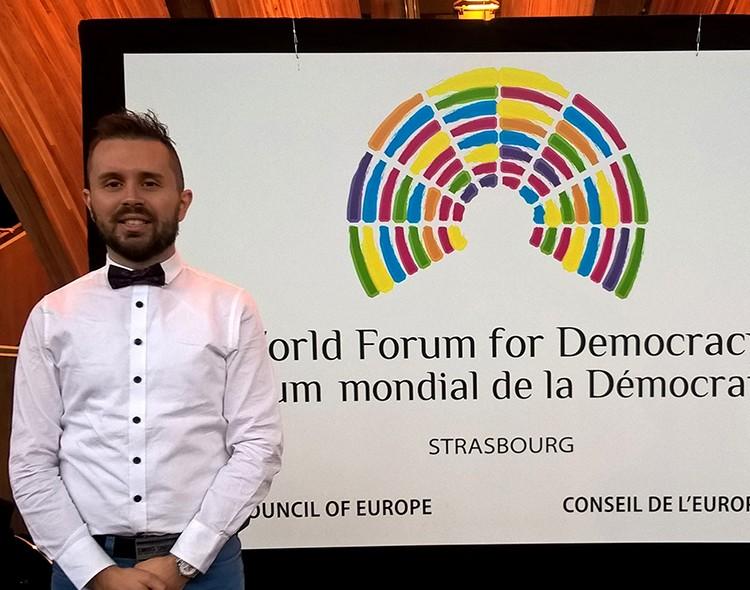 Domjesko kao ambasador Svetskog foruma za demokratiju