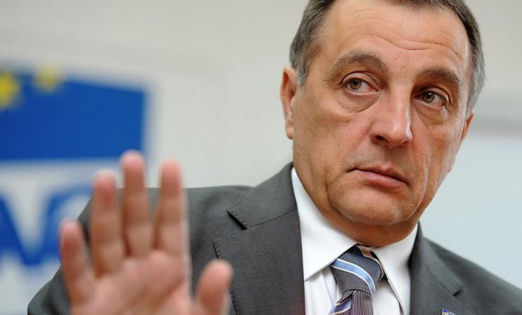 Krivci za prostačku retoriku u regionu sa obe strane Dunava, Drine i Save