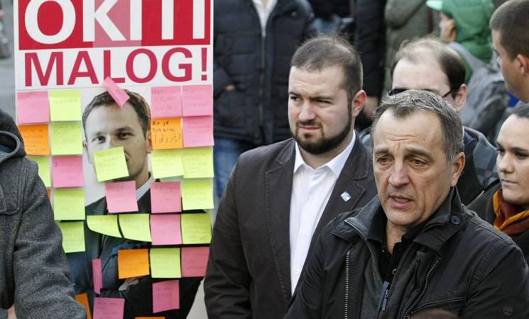 "Beograđani ""okitili"" Malog porukama"