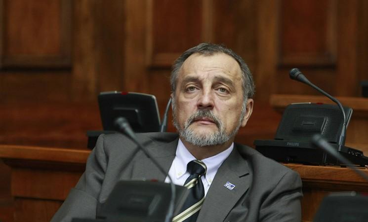 Zoran Živković: Sprečite da poslodavci otpuštaju majke bolesne dece!