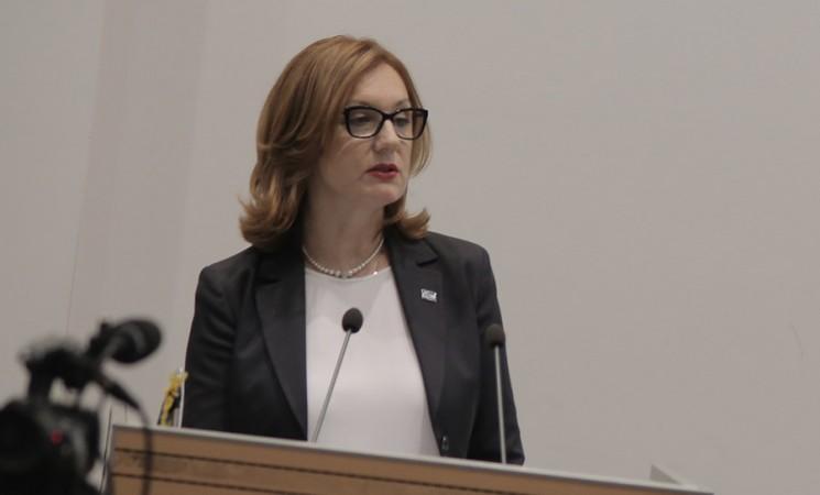Dr Petrović: Nedopustiva zloupotreba dece i bolesti u političke svrhe