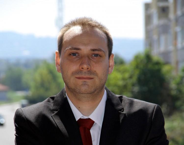 Mladenović: Jednokratna pomoć u javnom sektoru - predizborna kupovina podrške