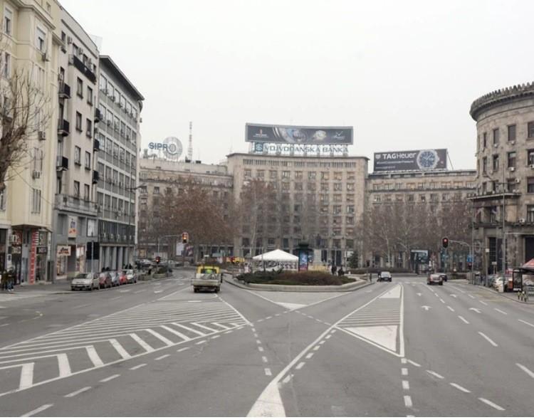 Budućnost Vučićeve Srbije zabrana kretanja i uvođenje policijskog časa