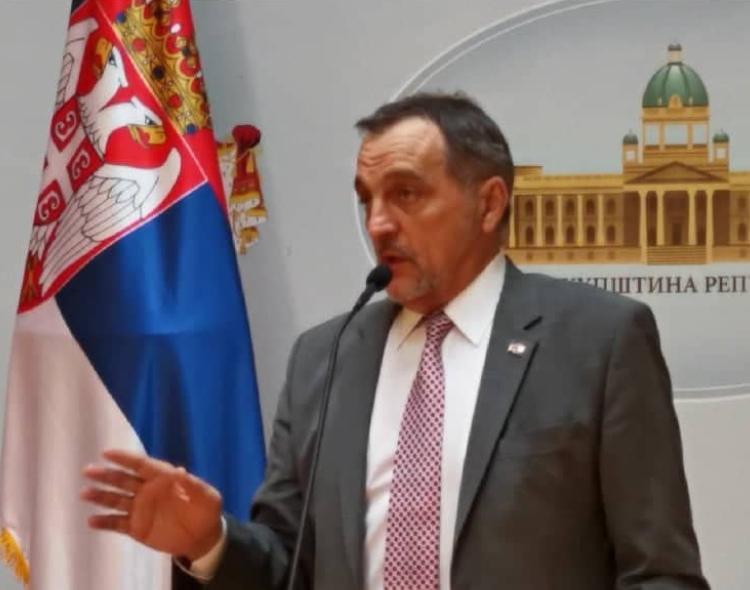 Živković: Vučić protivustavno, protivzakonito, ludo i blesavo pregovara o KiM