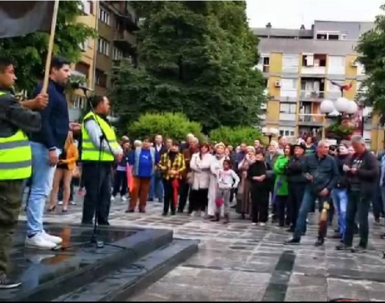 Nakić u Valjevu: Narod u Srbiji zna kako se čisti korov i ovom će uskoro reći zbogom