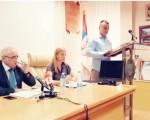 Šef odborničke grupe NOVE u SO Paraćin Nemanja Jovanović pročitao otvoreno pismo odbornika