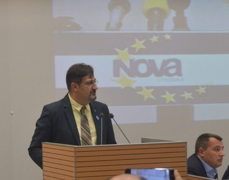 Movsesijan: Građanska opozicija da pokaže snagu na putu ka EU i evropskim vrednostima