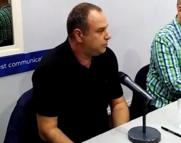 Jovanović na okruglom stolu u Nišu: Dužnost političara je da motivišu građane na BORBU