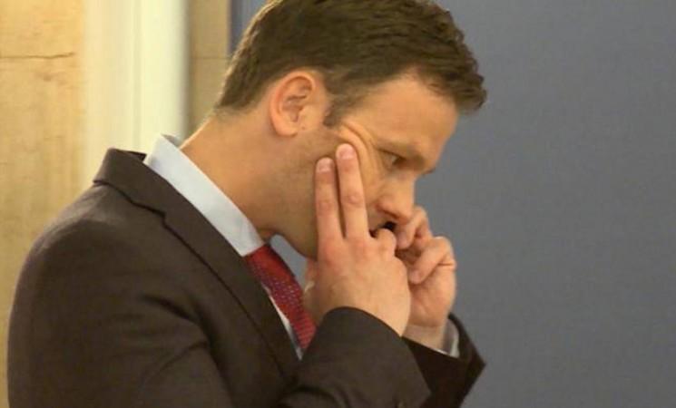 NOVA zahteva momentalnu smenu Siniše Malog, ostavku Vlade Srbije i predsednika Republike