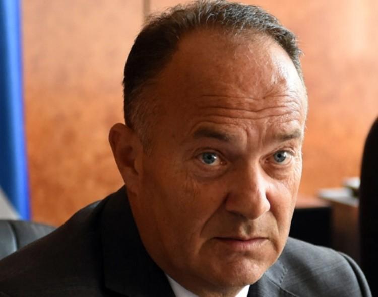 Osuda ministra Šarčevića: Smesta zaustaviti sramnu praksu ponižavanja novinara