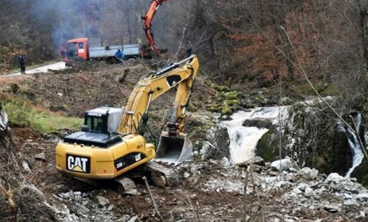 Svetske organizacije demantuju Vučićevu izjavu da mini hidroelektrane ne utiču na zagađenje