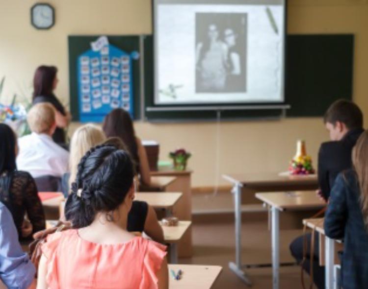 Forum mladih NOVE poziva ministra Šarčevića da formuliše jasan plan o završetku školske godine