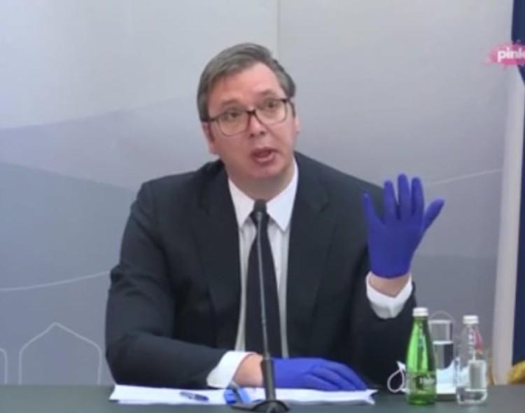 Vučić turnejom po Srbiji direktno ugrožava zdravlje ljudi oko sebe i vređa inteligenciju građana