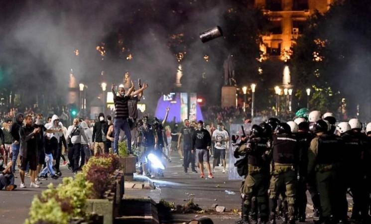 Demonstracija sile režima pokazatelj kako će da završe svoju vladavinu