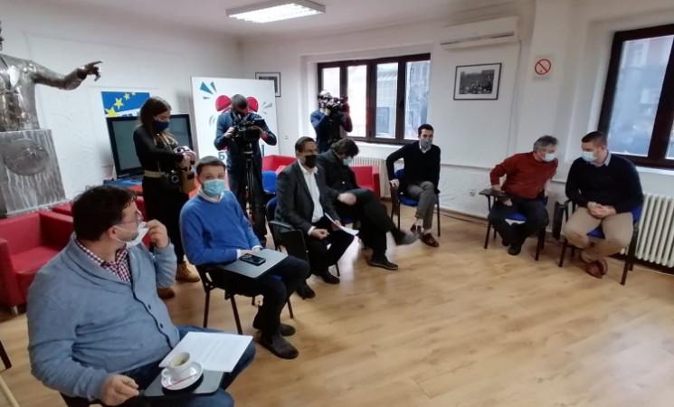 Opozicija posle sastanka u centrali NOVE saglasna: Zajedno u borbu za izborne uslove!