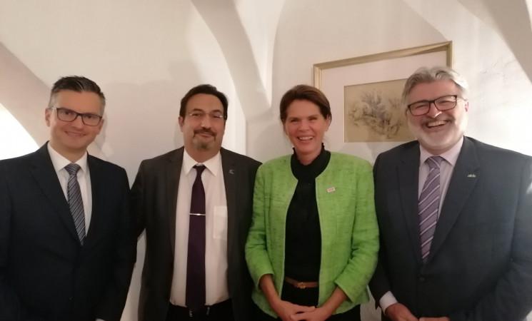 Movsesijan u Kranju sa liderima ALDEa